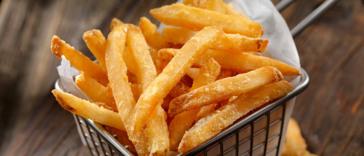 Aangebrande aardappeltjes: lekker dooreten of de prullenbak in?