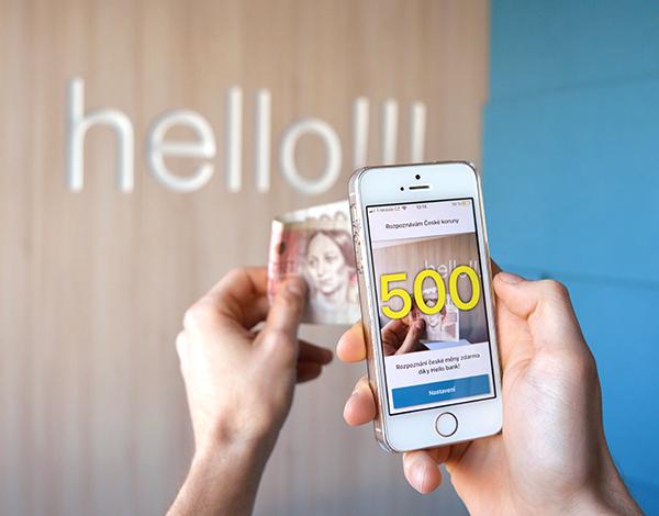"""CASH READER: digitální """"oči"""", co přečtou hodnotu bankovek za vás"""