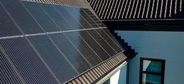 Hoe werkt terugleveren met zonnepanelen?